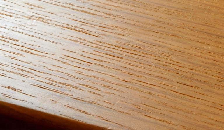 ウレタン塗装の表面