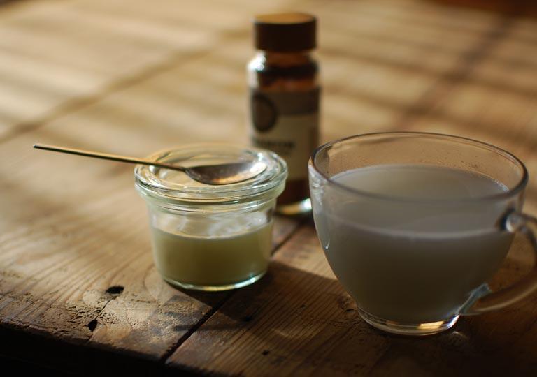練乳でホットミルクをつくる