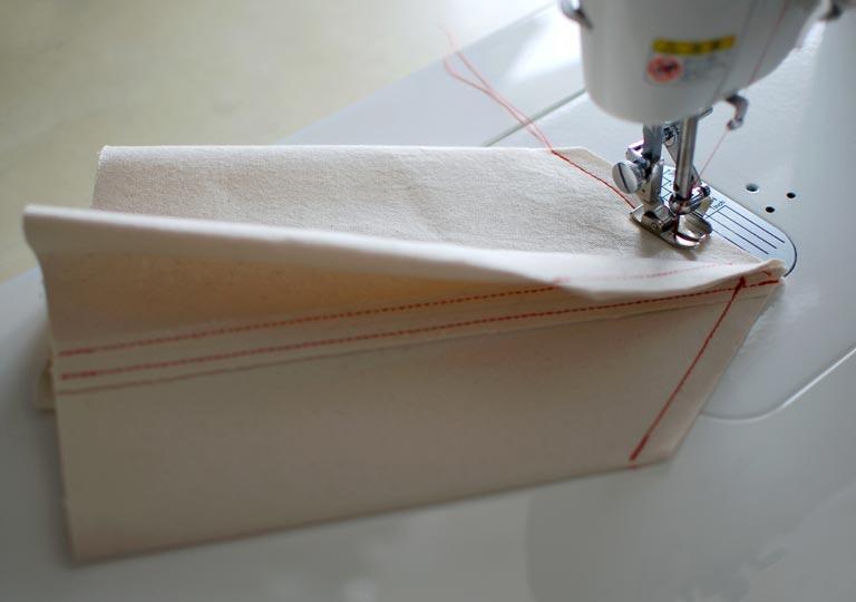 底部分を縫う