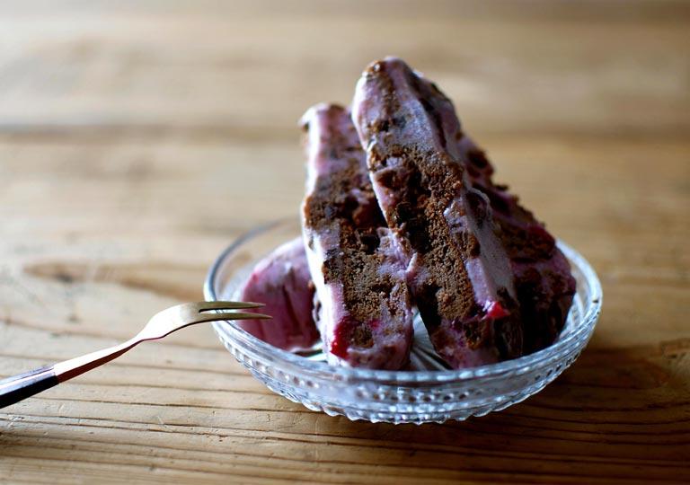 チョコクッキーを混ぜたアイス