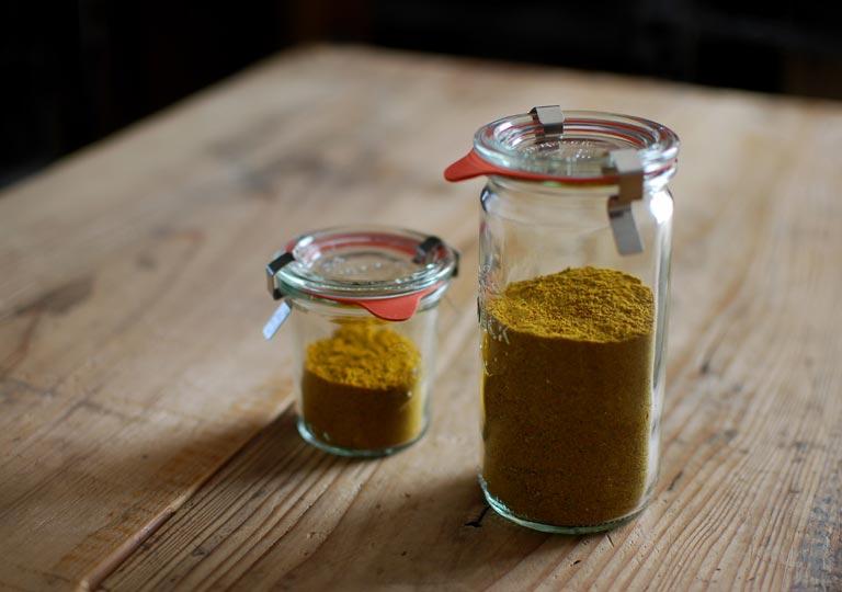2種類の自家製カレー粉