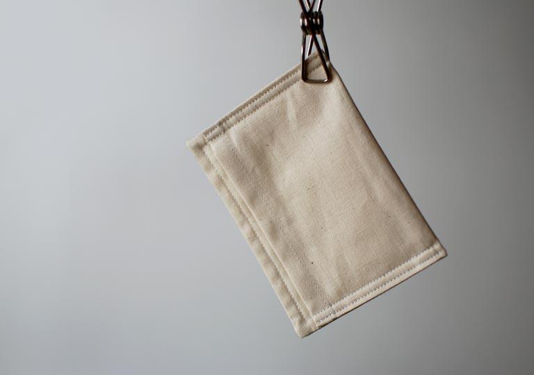 吊り下げられた石鹸用の袋