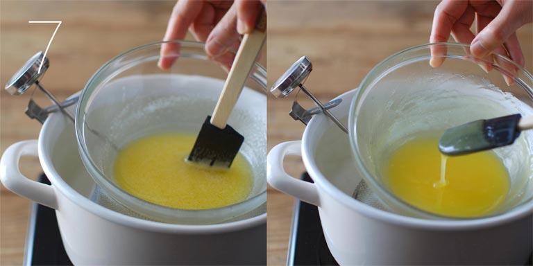 材料を湯煎にかける