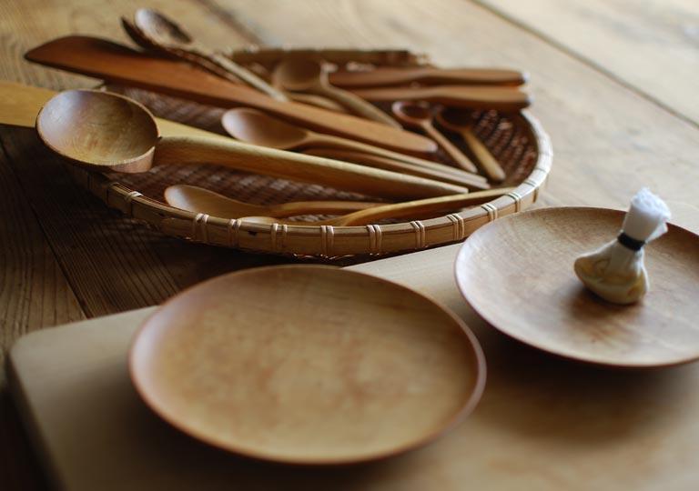 メンテナンスの後に並べられた木製品